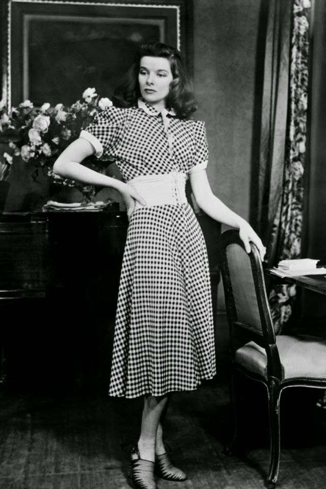 katharine hepburn gingham dress in The Philadelphia Story